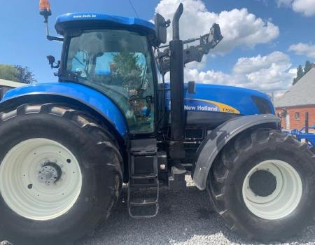 New Holland T7050 PC...